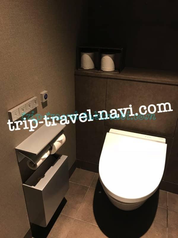 羽田空港 国際線 JAL サクララウンジ トイレ