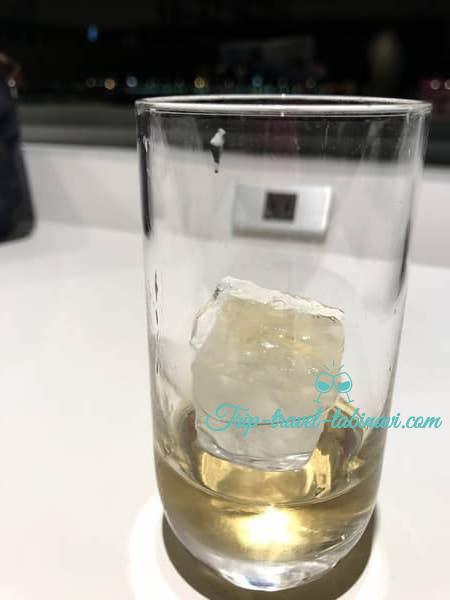 羽田空港 国際線 JAL サクララウンジ お酒 ドリンク 梅酒