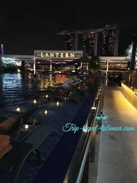 シンガポール フラトンベイホテル ランタン ルーフトップバー 屋上