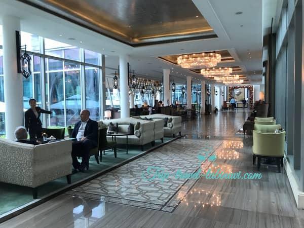 シンガポール フラトンベイホテル フロント 行き方